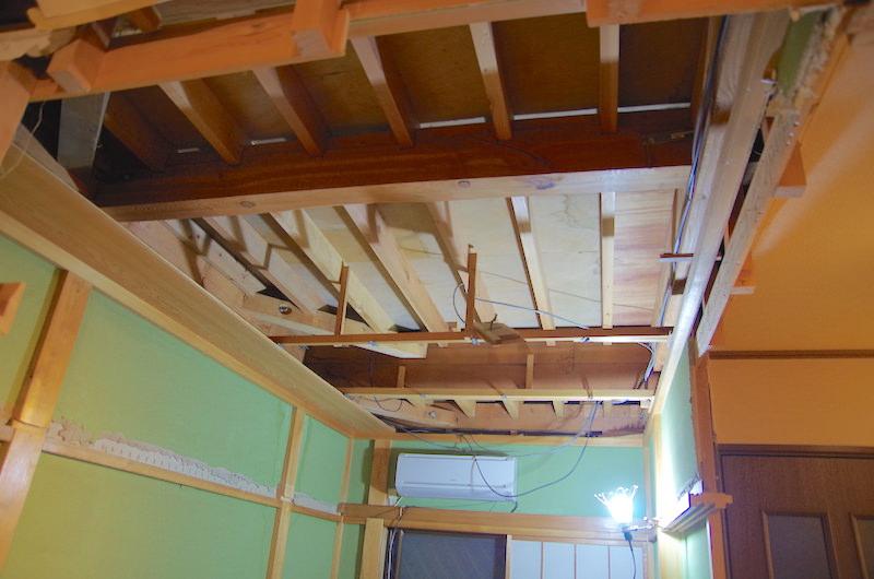 和室天井解体後