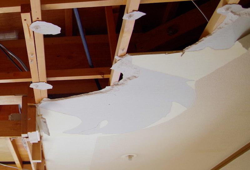 天井は石膏ボード