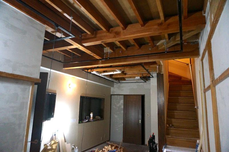 洋室天井塗装前