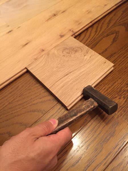 当て木してフローリングを詰める