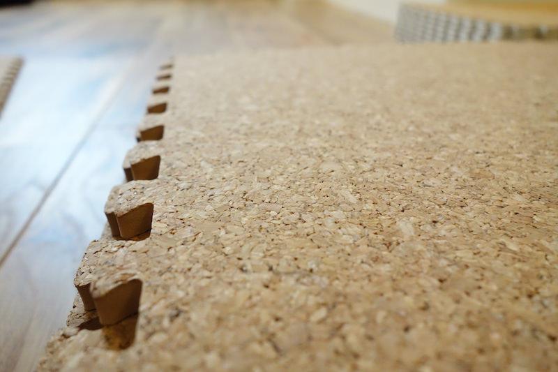 コルクマットの表面