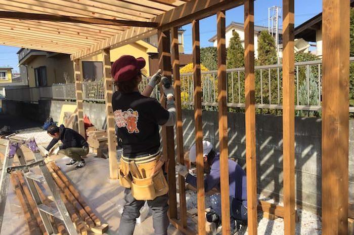 パーゴラの一画に物置き小屋を作ろう!壁の下地の作り方を解説
