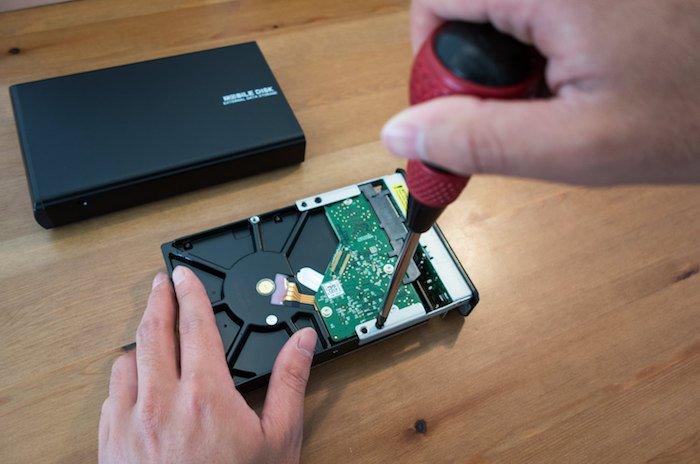 外付けHDDを自作しよう!ハードディスクとケースを別々に購入し組み立てた手順
