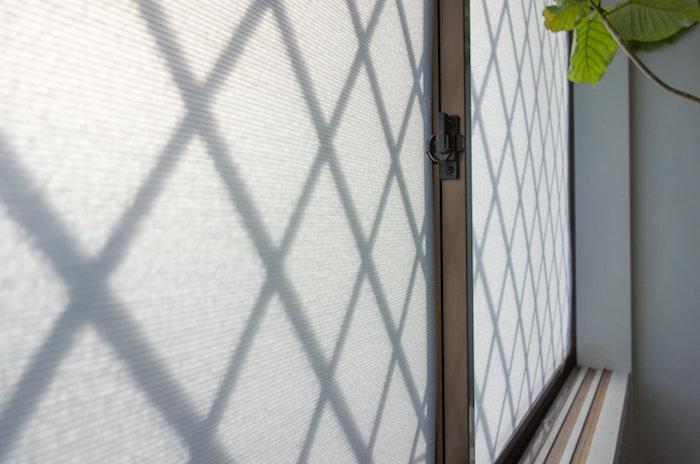 プチプチより見た目が良い!プラダンで窓ガラスを断熱DIYしよう。安くて簡単・効果抜群!