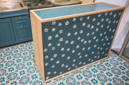 収納・作業スペースを増やすため低コストのキッチンカウンターを作る