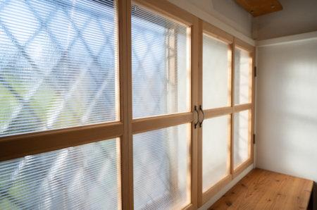 中空ポリカで見た目も満足な内窓を作る【断熱性能大幅UP!】